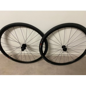Roues dt swiss r470 disc